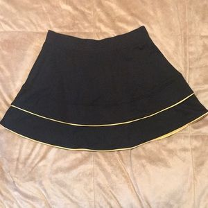 Tail.  Women's Golf Skirt Size XS